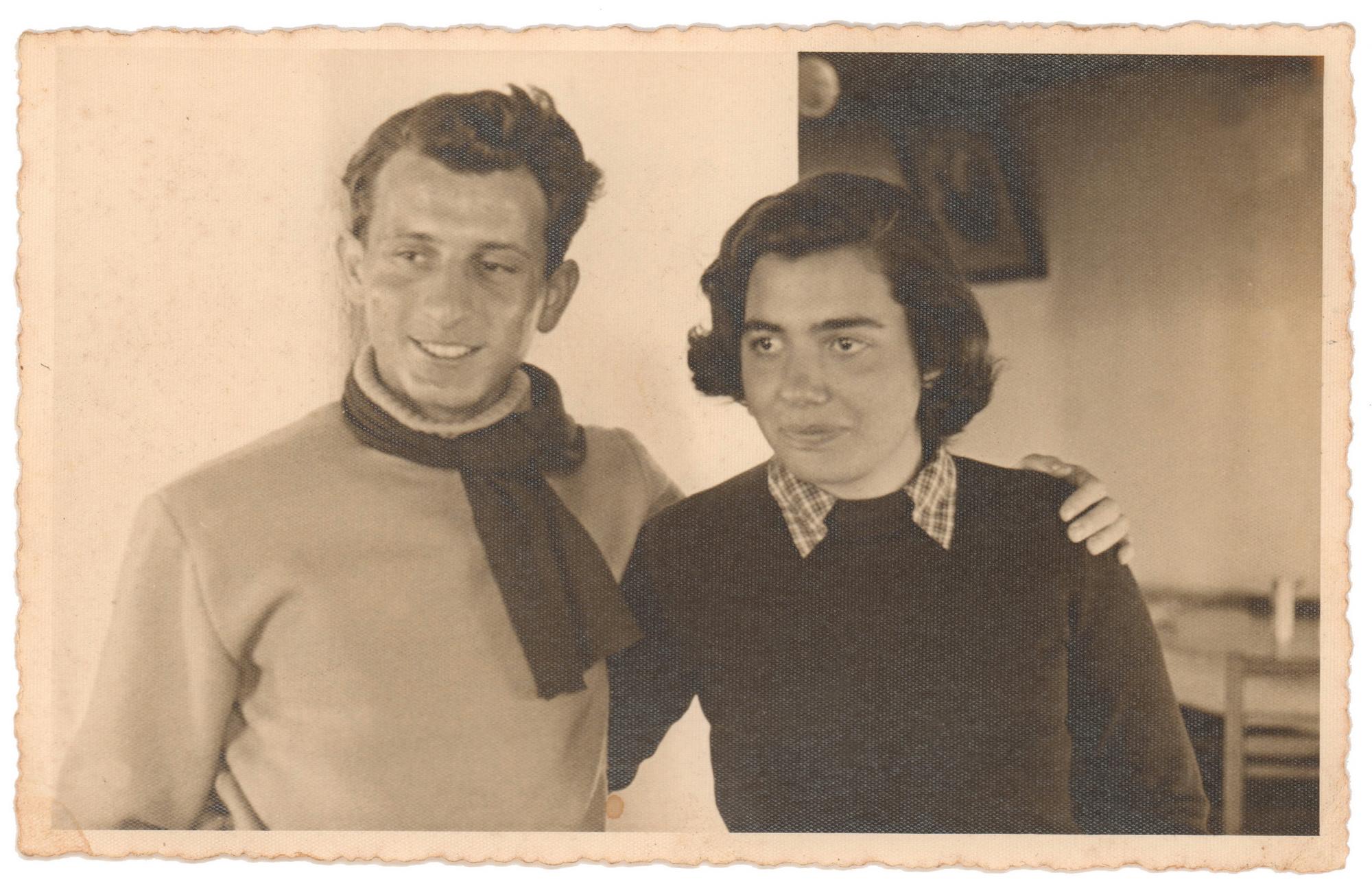 Haldun Dormen & Yıldız Moran 1947