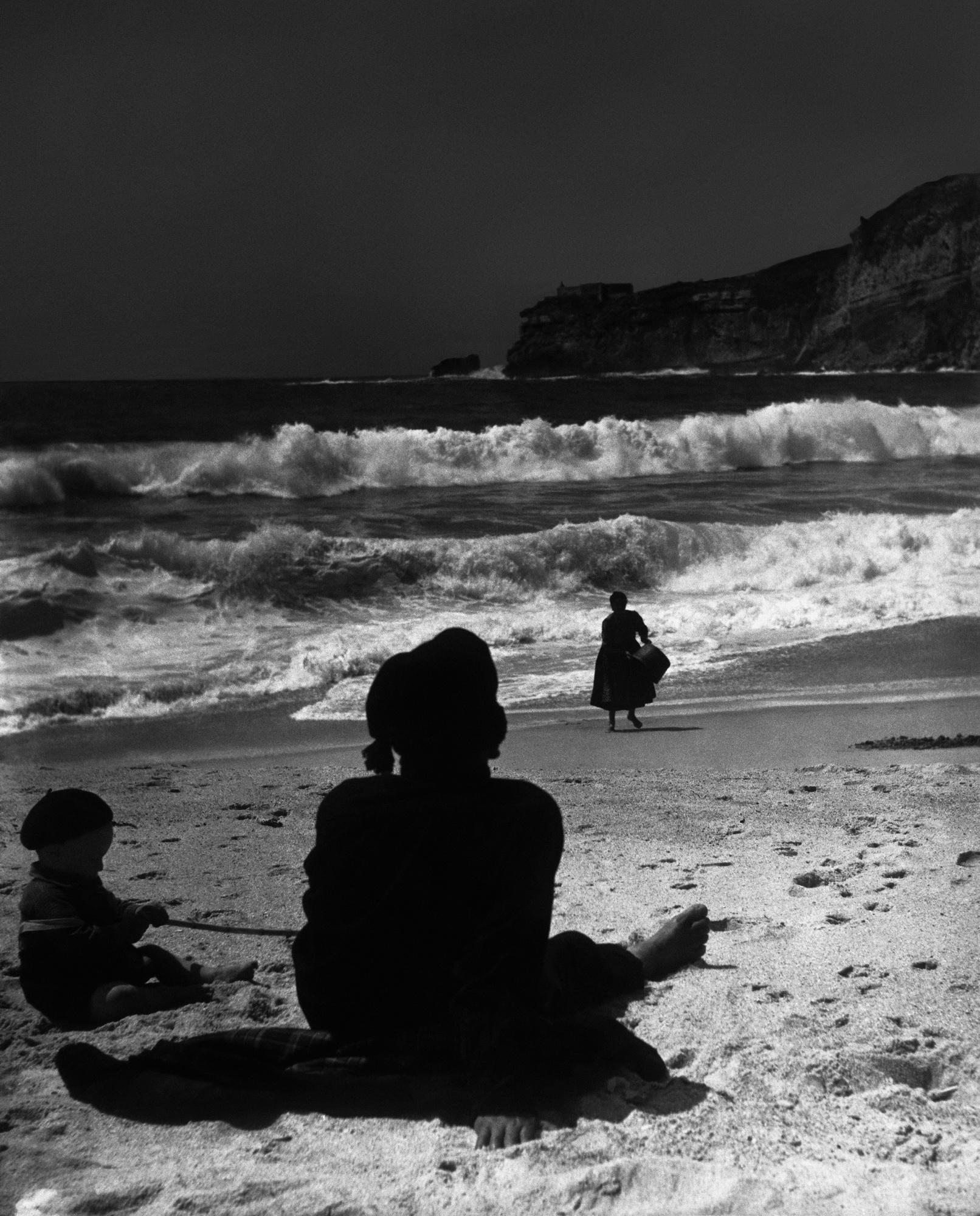 BEACH / KUMSAL