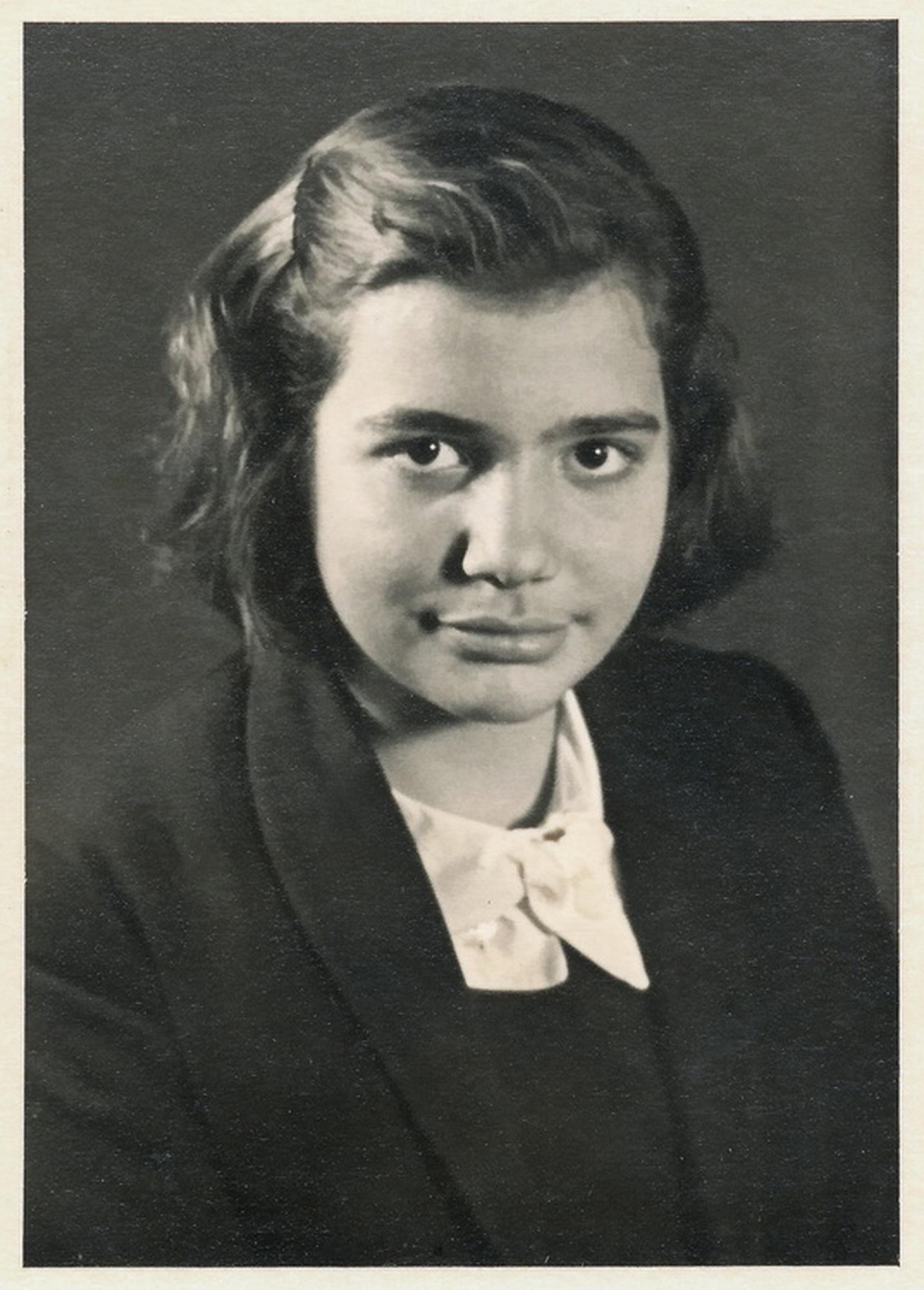 Yıldız Moran 1943