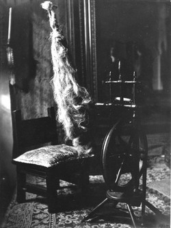 Spinning wheel chair, Casa del Greco