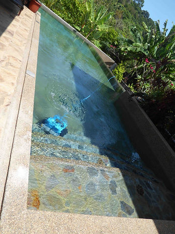 Robot pool cleaning Malaysia