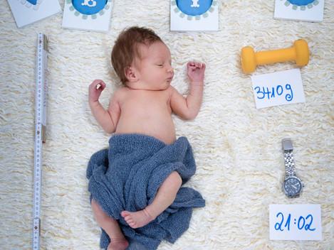Neugeborenen-Fotoshooting Frankfurt