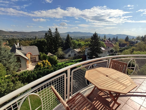 Villa for sale in Budapest IIA. district, Budaliget area