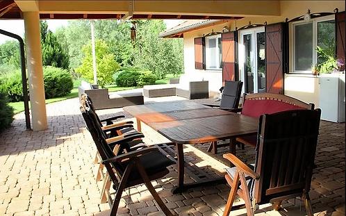 Váchartyán - Luxury 4 bedroom villa on a huge plot