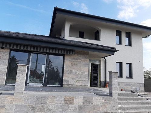 5 bedroom new built family house in Szentendre