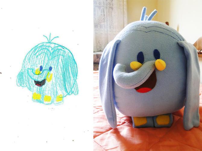 Empresa transforma desenho de crianças em brinquedos de pelúcia!