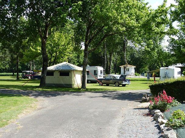camping municipal les platanes Montignac-Charente