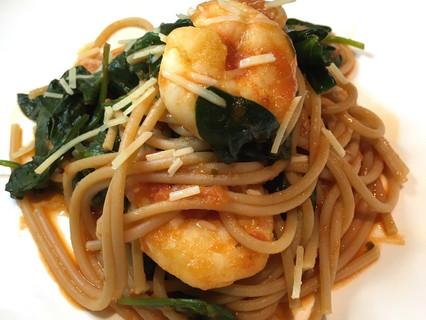 My 10 min Prawn & Baby Spinach Arrabbiata Spaghetti
