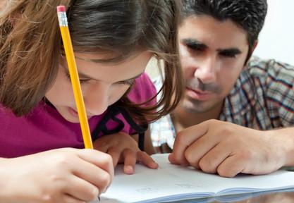 Decàleg per a pares i mares en l'acompanyament escolar a casa