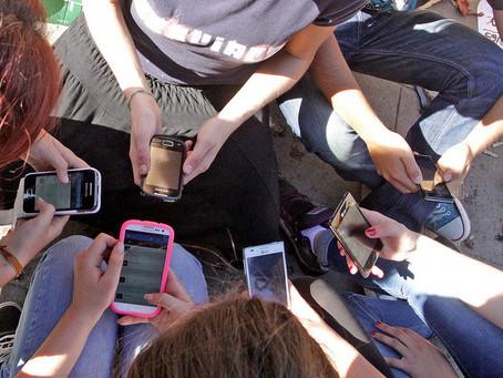 TEST: Estàs enganxat al Whatsapp?