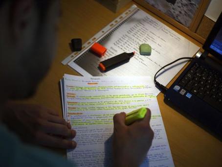 Tècniques d'estudi que t'ajuden a aprovar els exàmens