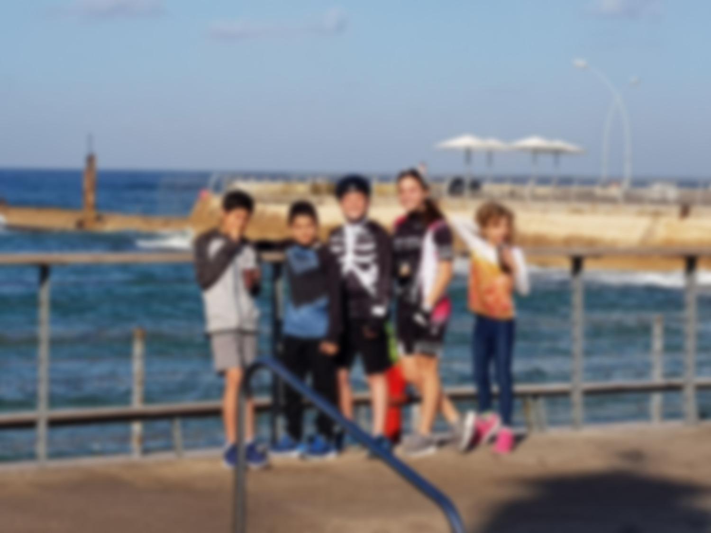 ילדי הטריאתלון בנמל