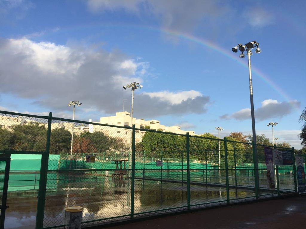 מגרשי הטניס בקאנטרי צהלה