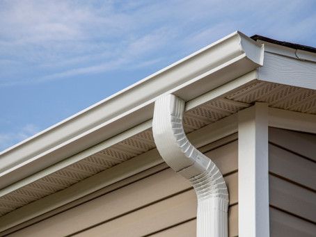 Mobile Home Rain Gutters Need Cleaning Too
