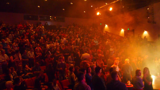 standing ovation Alice Springs 2012-09-0