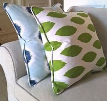 Cushion with Pipping