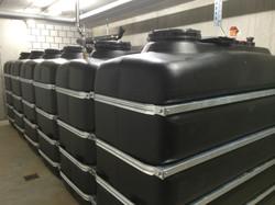 Kellertank in Batterie