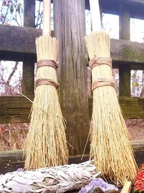 Besom Old Fashioned Broom Handmade/ Large   ilmypsychicjane