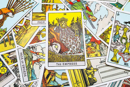 Learning tarot guide by ilmypsychicjane and lunastarot