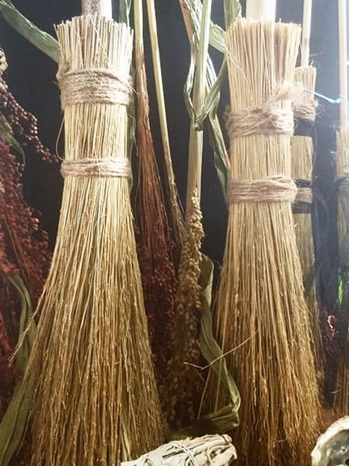 Besom Old Fashioned Broom Handmade/ Large | ilmypsychicjane