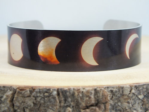 Moon Eclipse Slim Cuff Bracelet