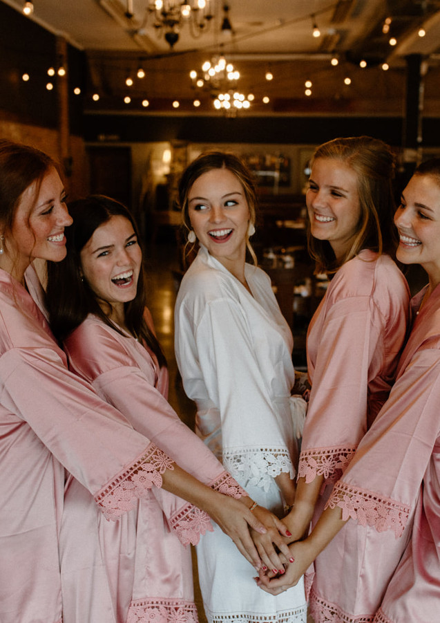 Girls at Gatherings photo by Lindsay Williams Photography