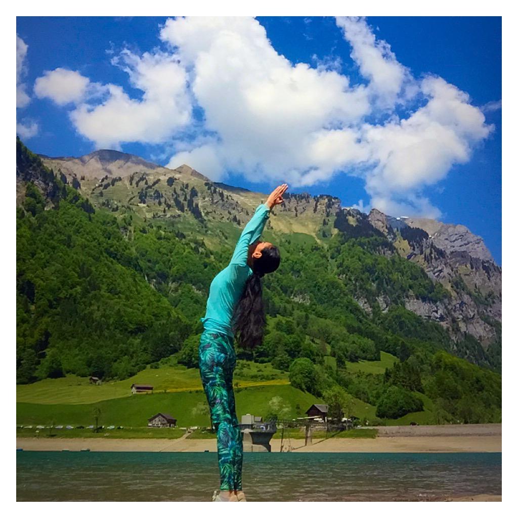 Yoga in der Natur Aquila Camenzind