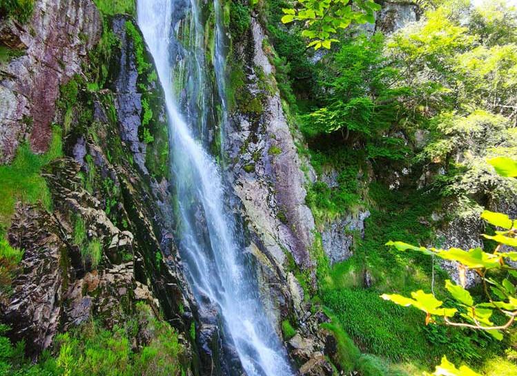 Cascada Tabayón.jpg