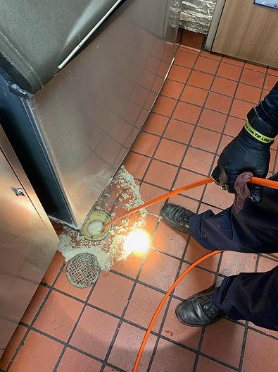 Burger-King-hydo-jetting-drain-in-floor-