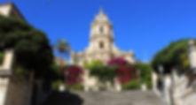 San Giorgio e la sua imponente scalinata