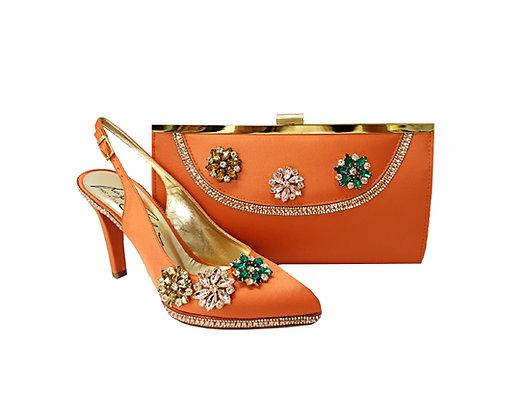 Sophia, Salgati peach mid-height half-shoes and matching bag set