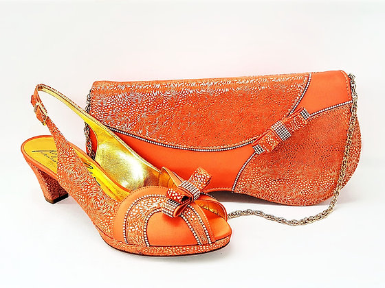 Sheila, Salgati peach low heel platform shoes and bag wedding set