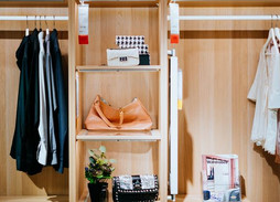 Minimize Your Closet For A Capsule Wardrobe: Spring and Summer Edition