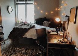 How To Keep Your Dorm Room Cozy