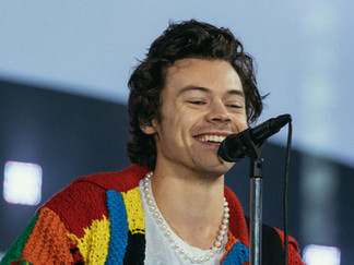 How Harry Styles got millions of young fans to learn how to knit