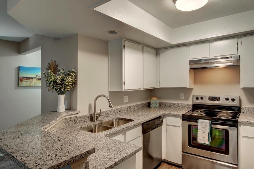 7 kitchen sink.jpg