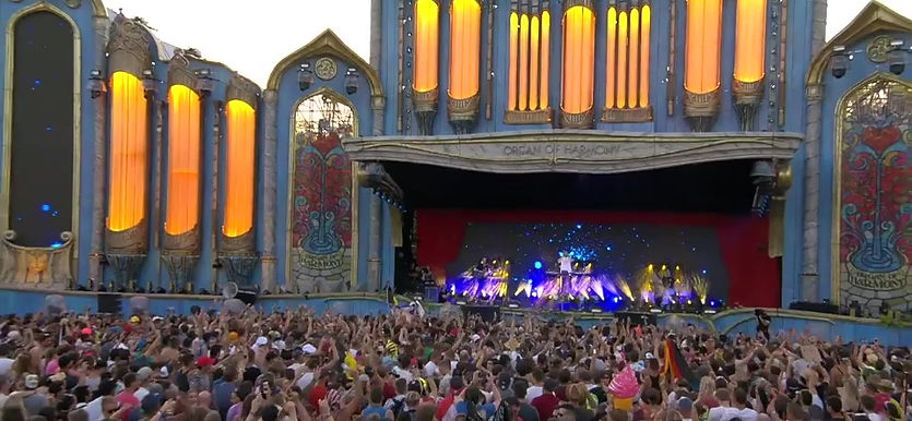 """SELFISH LOVE"" At Tomorrowland 2018"