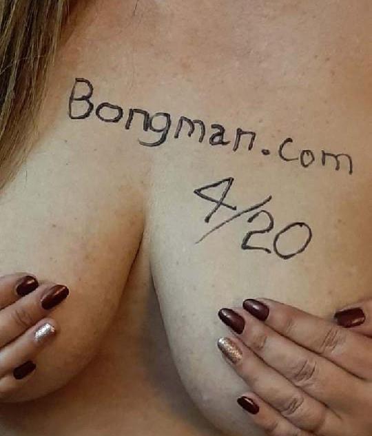 boob4.jpg