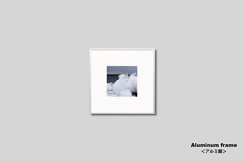 写真,インテリア,海,風景,自然,日本海,荒波,インテリアフォト,アート,額入り,額装,オリジナルプリント,正方形,アートフレーム,フォトフレーム,おしゃれ,モダン,壁掛け,壁飾り,装飾,ウォールアート,新築祝い