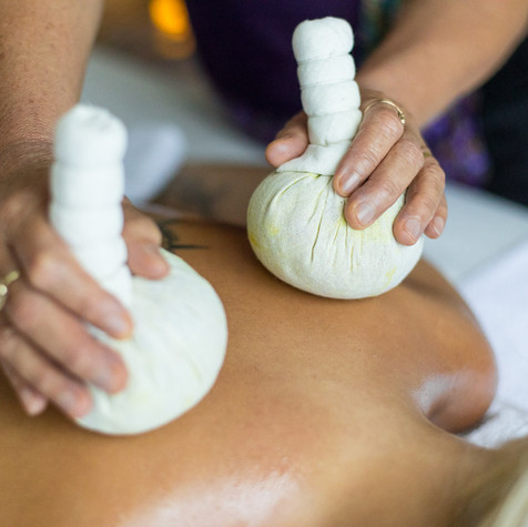Herbal masáž