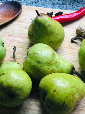 Xmas Cooking - Spiced Pear Chutney...