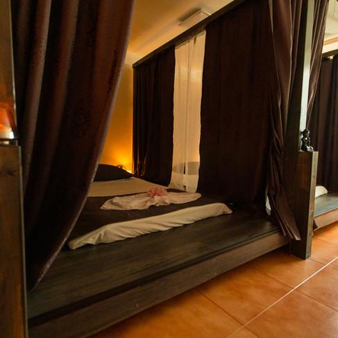 Thajské masážne postele