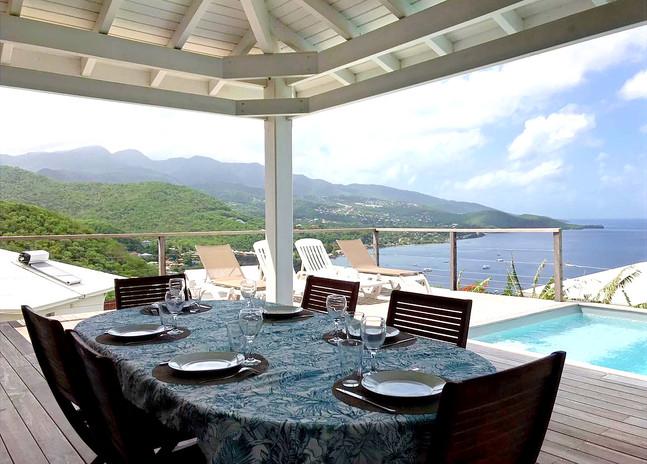 Repas avec vue mer