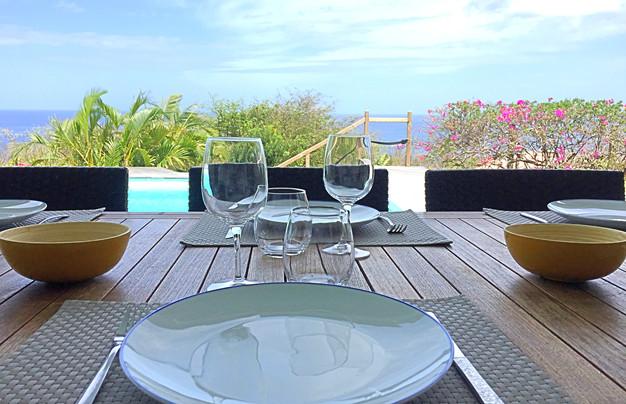 table à manger Villa Tilili