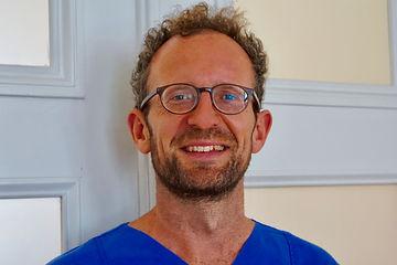 Portrait Dr. Erren.jpg