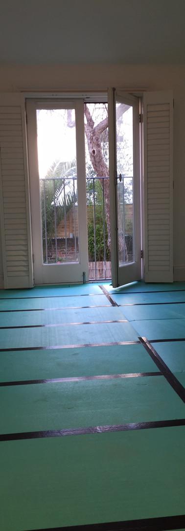 Underfloor heating thermal insulation