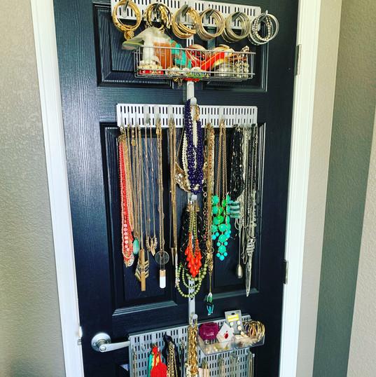 Over the door jewelry storage