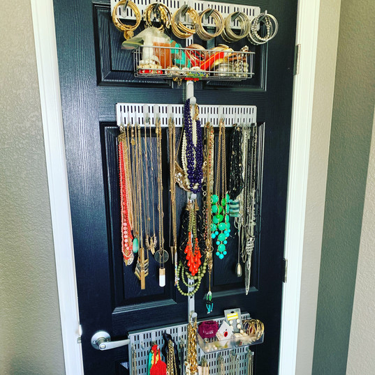 Over the door jewelry storage