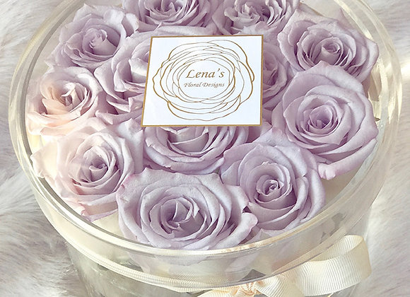 Exclusive Crystal Clear Box - 12 Lavender Roses