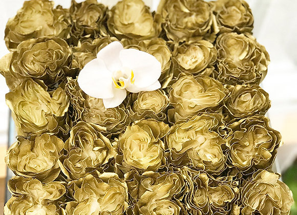 Exclusive Crystal Clear Box - 25 Gold Roses